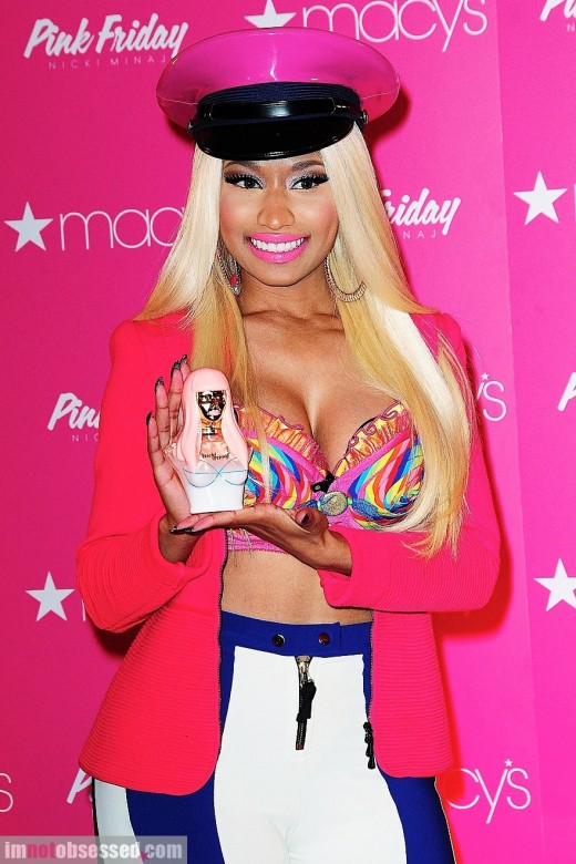 Nicki Minaj Pink Friday - vunzooke.com