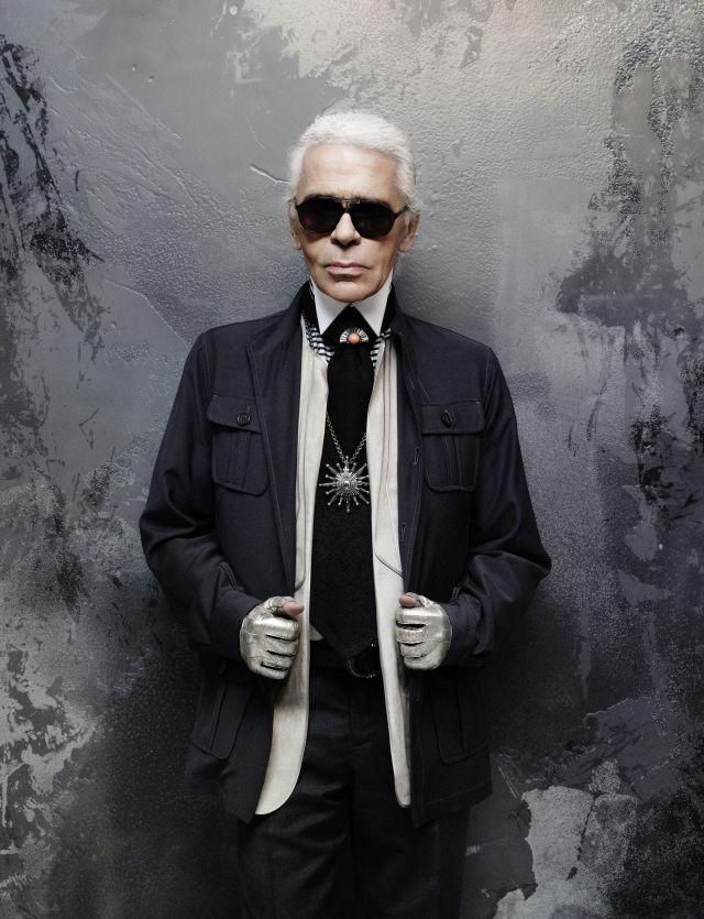 Karl Lagerfeld Selfportrait 03kicsi