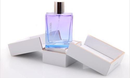 aura-soma-pegasus-perfume-44-mit-verpackung_620-500x300