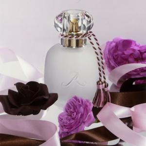 parfum-les-parfums-de-rosine-rose-praline-news
