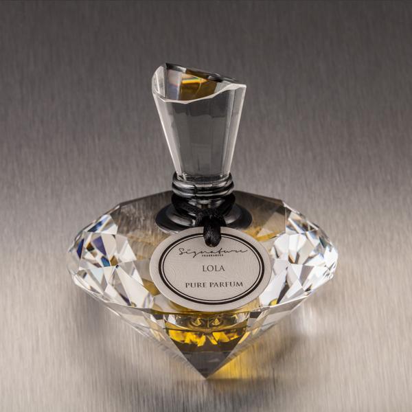 lola parfüm