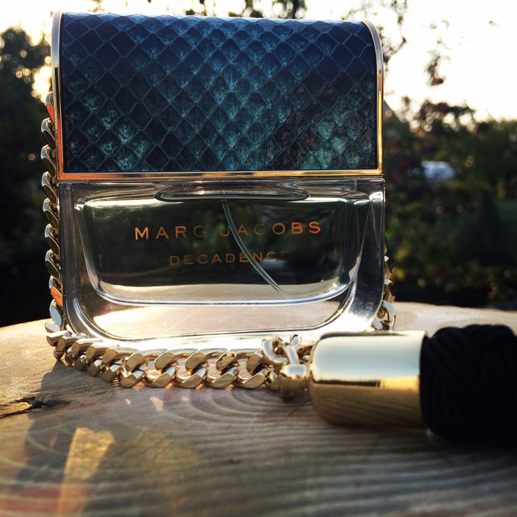 divine-decadence-parfum