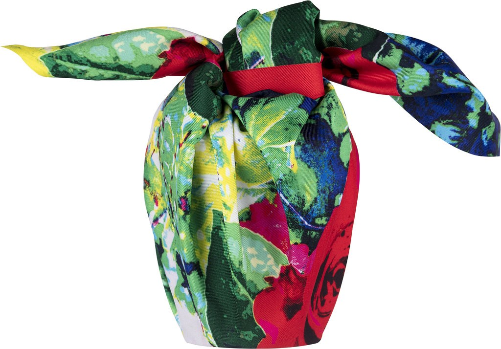 roses_knot_wrap_spring_gift