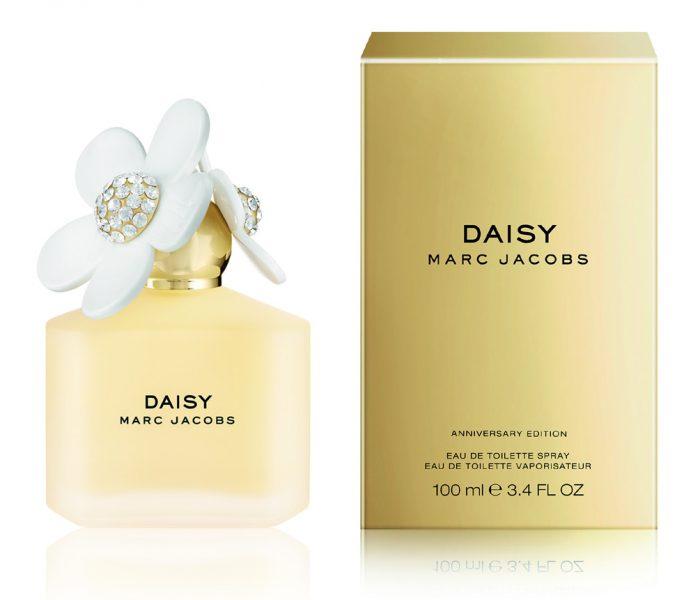 10 éves Marc Jacobs virágszála, a Daisy!