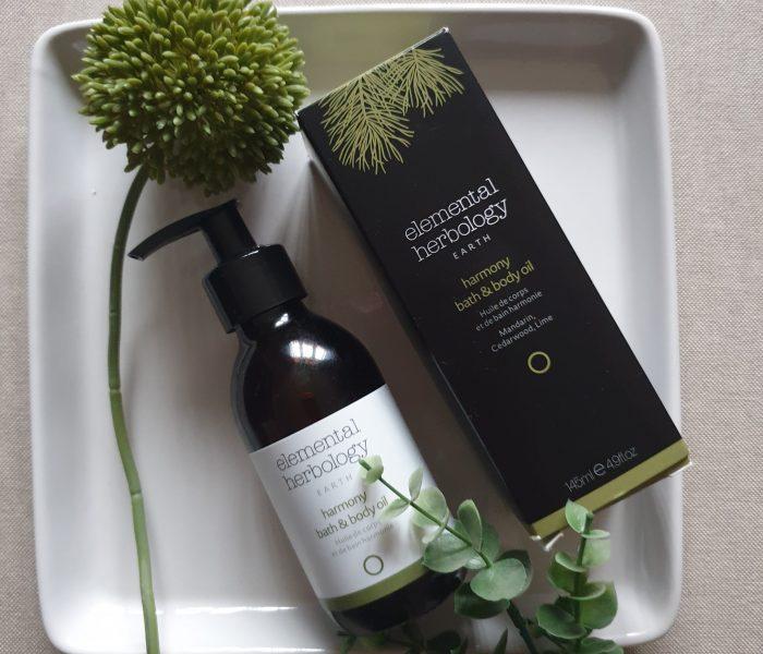 Beauty-percek: Elemental Herbology Harmony test – és fürdőolaj