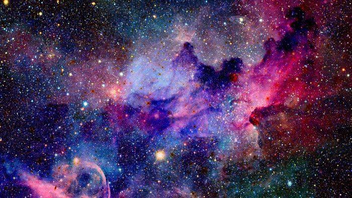 Az űr ihlette illatok – parfümválogatások
